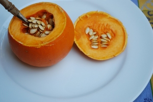 Picture of Stuffed Miniature Pumpkins, Step 1