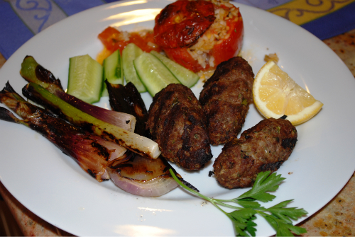 lamb kufte and stuffed tomatoes 026