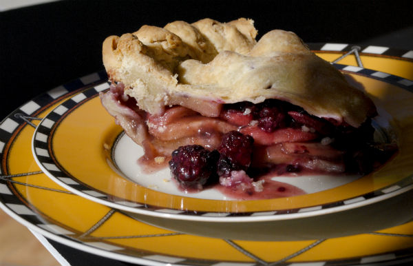apple blackberry pie Honey Crisp 016-3