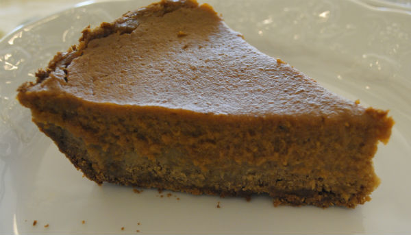 porcini pumpkin pie with ginger crust 044-3