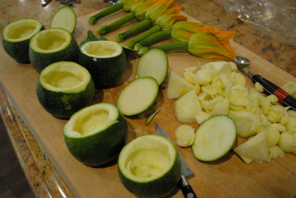 Juicing and stuffed zuchinni 013
