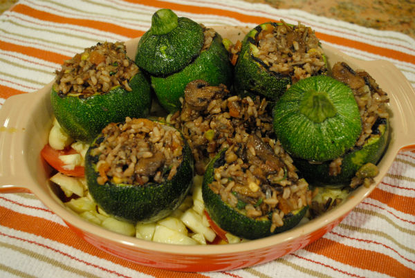 Juicing and stuffed zuchinni 029