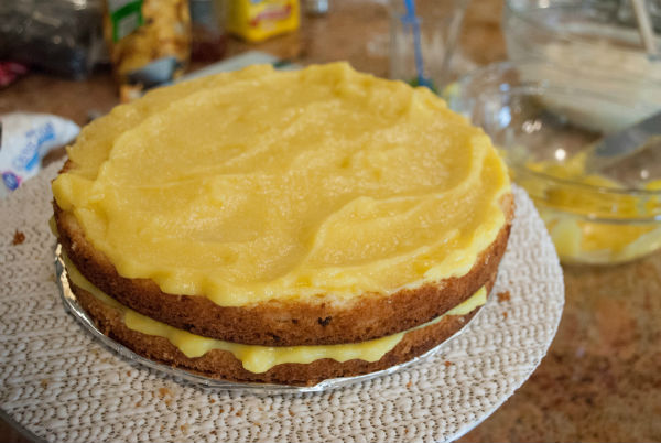 Pineapple Curd and Coconut Pineapple cake 019